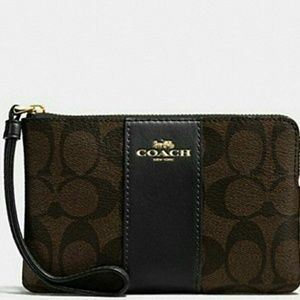 ❤️Coach Corner Zip Wristlet In Signature Canvas❤️‍